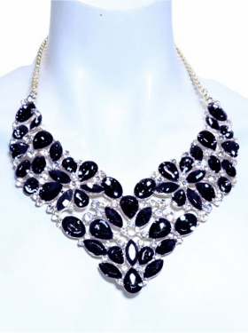 Collier aspect diamant noir