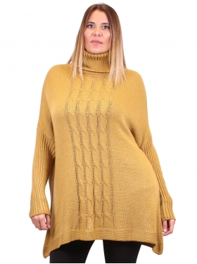 Robe-pull moutarde à col roulé